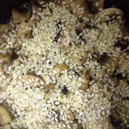 cook mushroom risotto