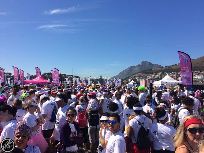 Queue to Colour Run Cape Town